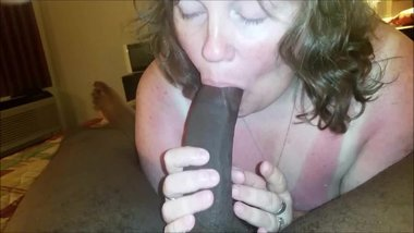 White mature wife sucking on a BBC