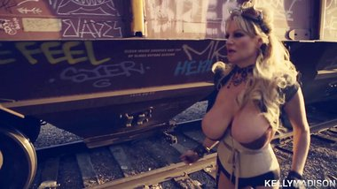 KELLYMADISON - Kelly's Huge Naturals Tempt the Mad Breast Bandit