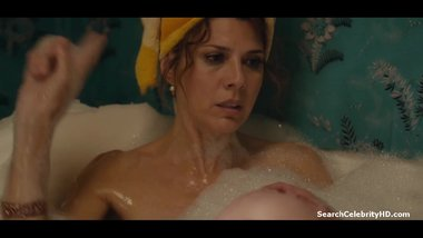 Isabelle McNally - Marisa Tomei - Loitering with Intent (2014)
