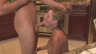 son hypnotizes mom for blowjob