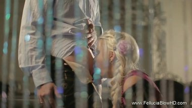 Blonde Lady Suck And Play With A Cock