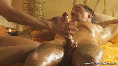 A Unique And Turkish Massage Of A Woman