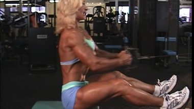 Valentina Chepiga the muscle Whore in the Gym_4