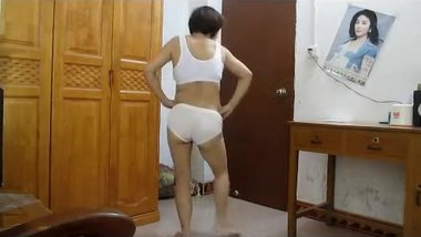 Chinese milf square dance 2