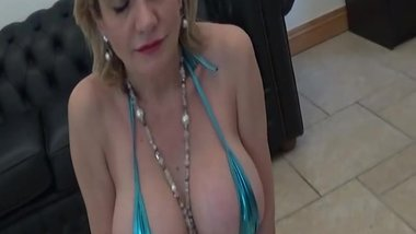LADY SONIA British Milf blowjobs to become a Model