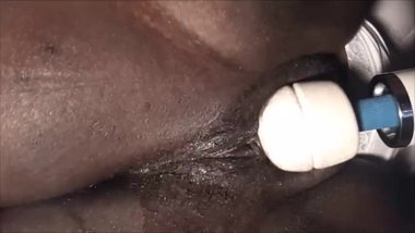 Ebony Squirting MILF getting fingered