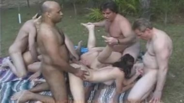 Swingers Back Yard public ORGY