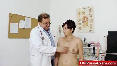 Redhead madam internal piss hole medical-tool exam
